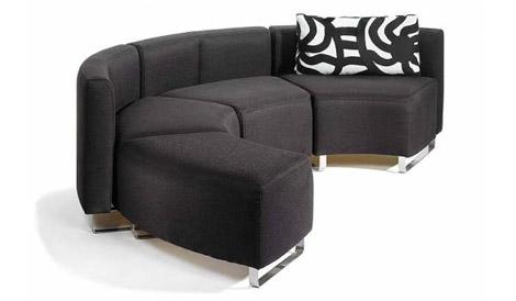 Tiloissa tuolit
