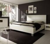 makuuhuone-ruskea