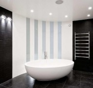 kylpyhuone-mustavalkoinen-moderni2