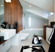 kylphuone-puujavalkoinen