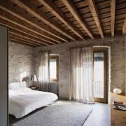 vanhakoti-makuuhuone