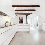 kotivalkoinen-keittio