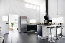moderni-puutalo-keittio