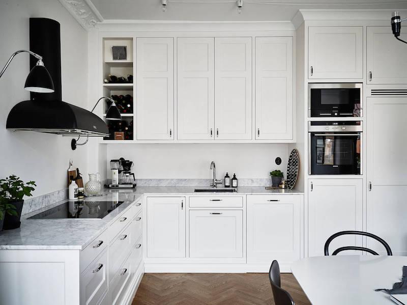 elegantti-mustavalkoinen-sisustus-keittio-kivitaso