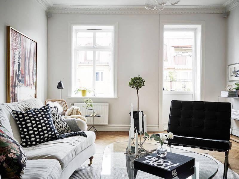 elegantti-mustavalkoinen-sisustus-olohuone