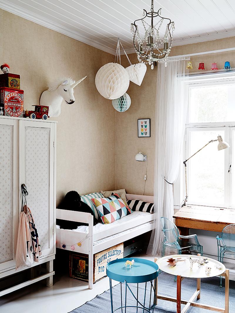 puutalo-sisustus-lastenhuone-vintage