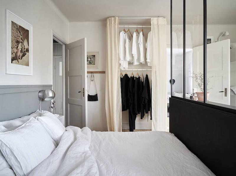 kaksio-makuuhuone-vaatesailytys