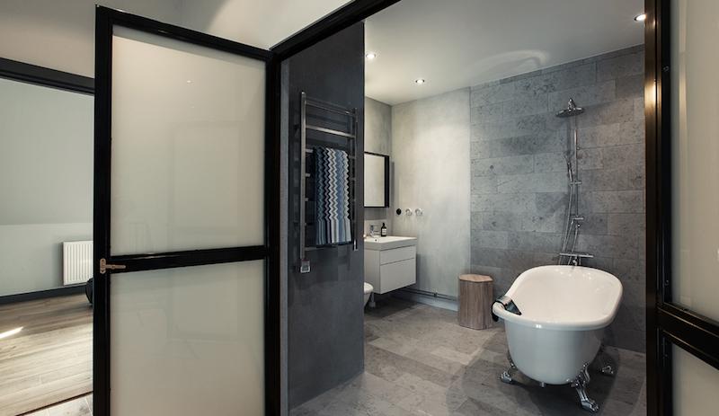 loftasunto-kylpyhuone