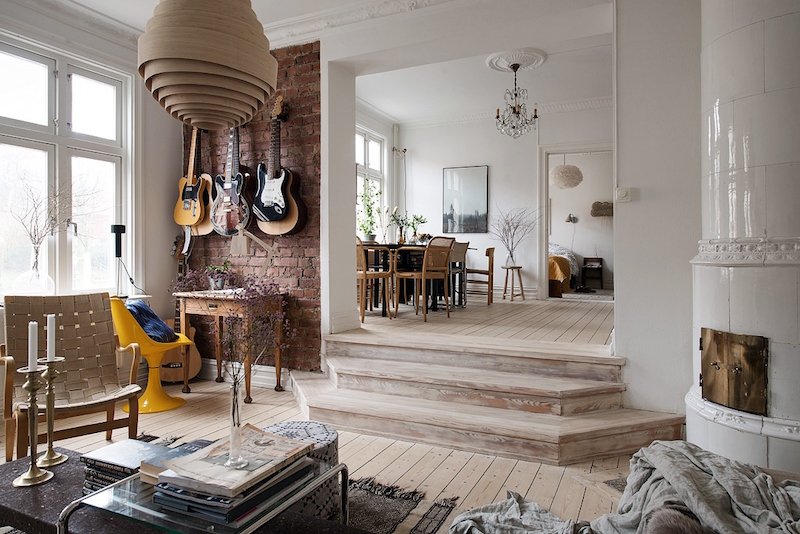 asunto-puuta-ja-valkoista