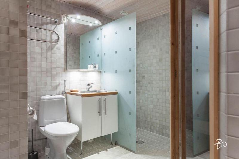 loft-koti-lieto-kylpyhuone
