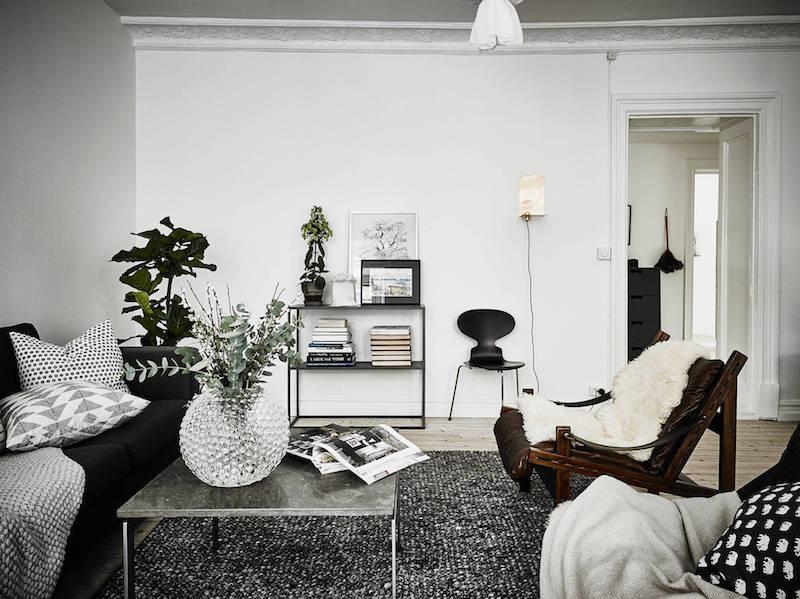 moderni-kaksio-mustavalkoinen-olohuone