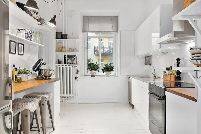 keittio-valkoiset-puulattiat