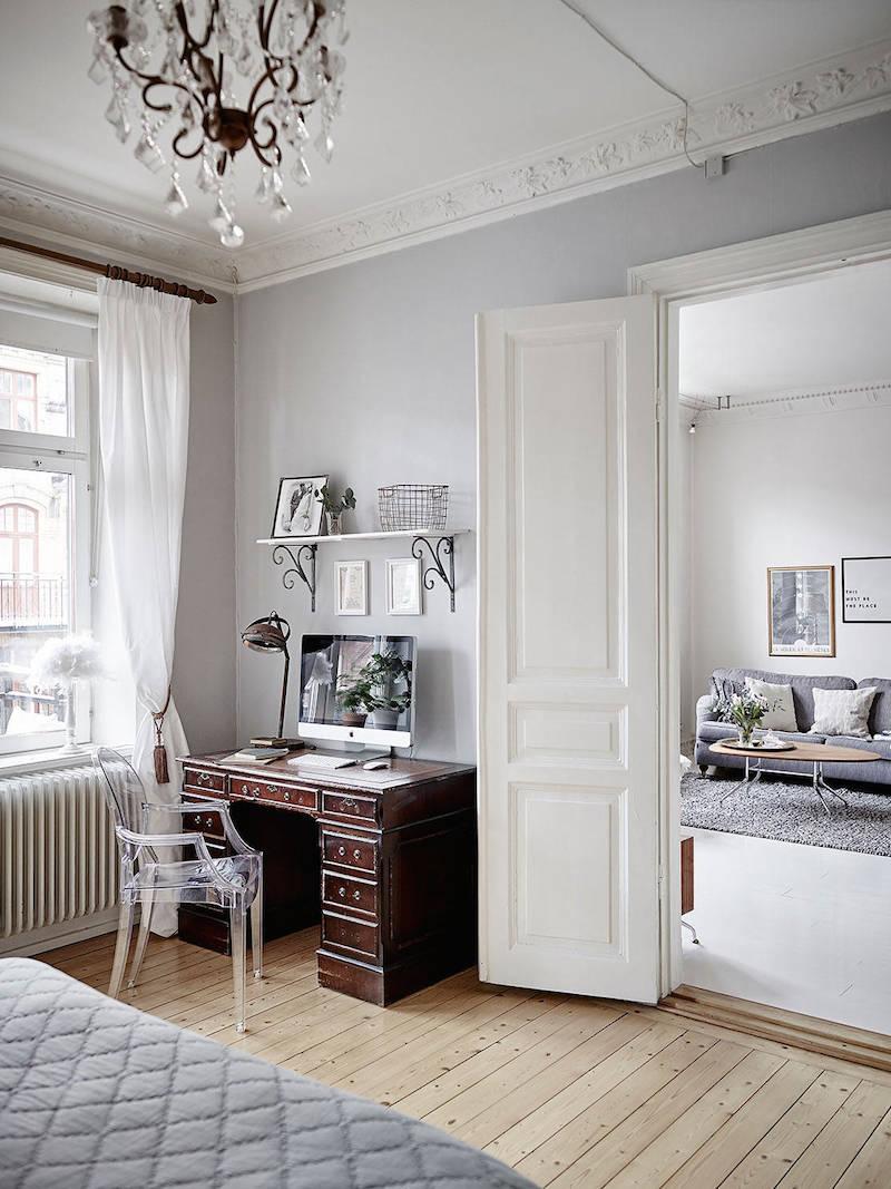 makuuhuone-poyta-rustiikki-persoonallisuutta-sisustus