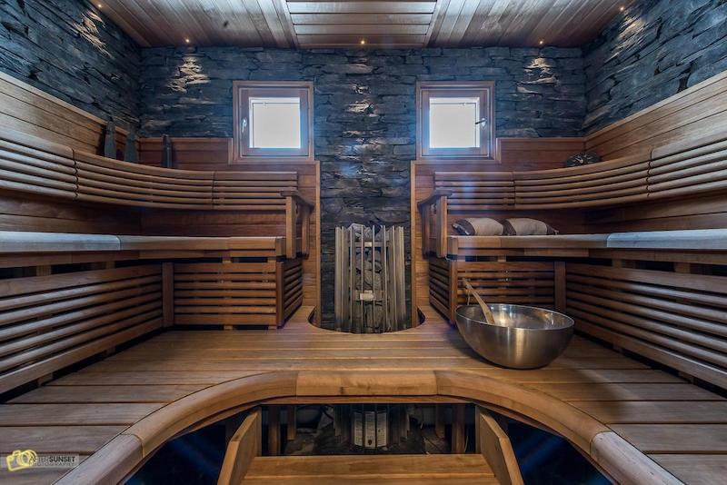 sauna-omakotitalo-moderni-sisustus