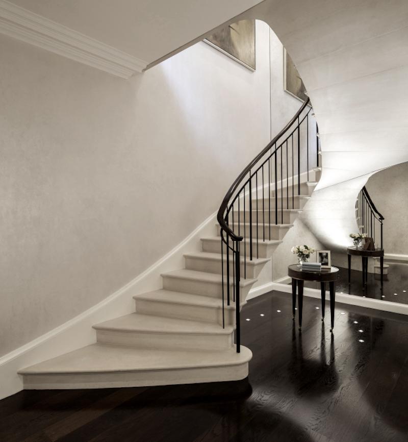 lontoo-pearl-portaikko
