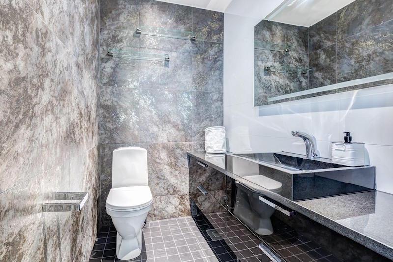 moderni-koti-sisustus-kylpyhuone