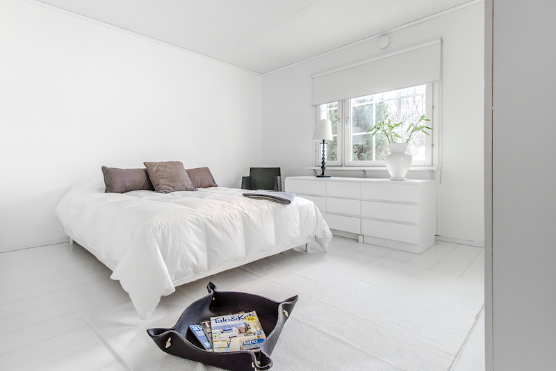 valoisaa-valkoista-makuuhuone
