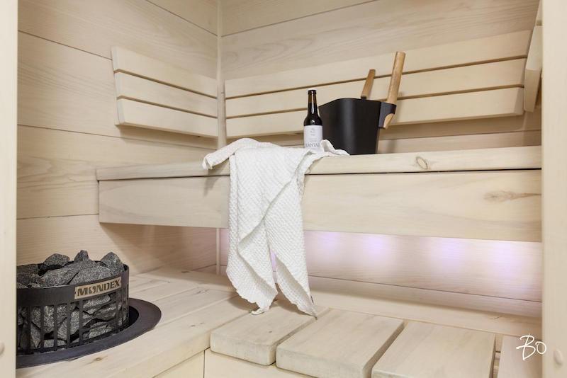 yksio-tehdasmiljoossa-sauna