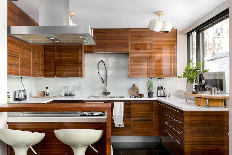 arkkitehturia-ja-elegantti-sisustus-keittio