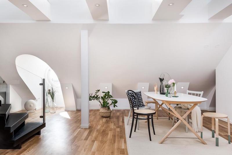 elegantti-sisustus-kattohuoneisto-ruokailutila