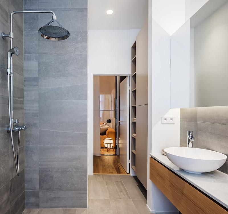 kolmio-sisustus-kylpyhuone