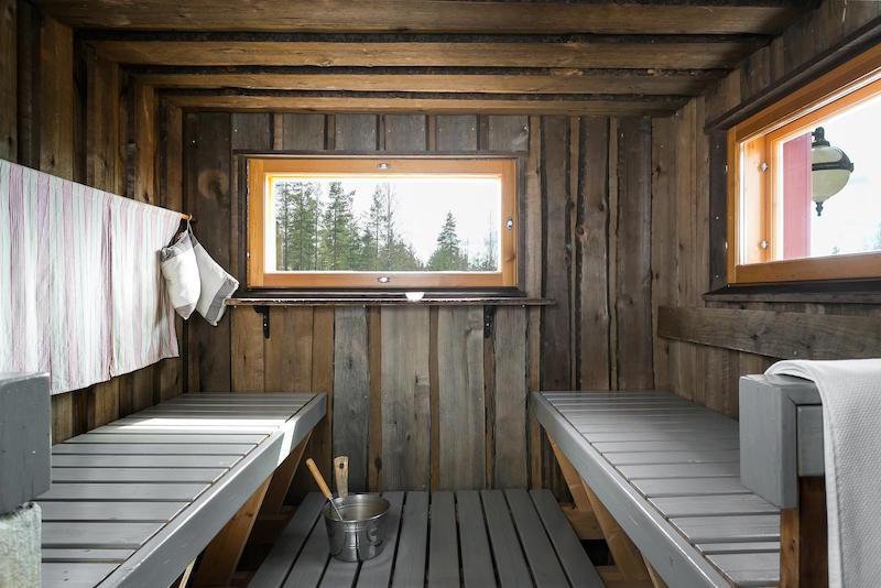 koti-metsan-keskella-sauna