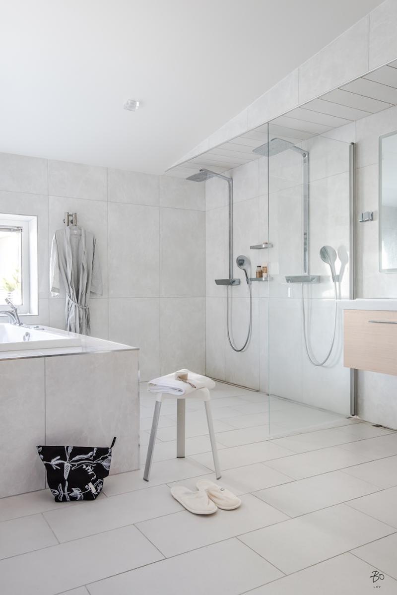 moderni-unelmakoti-kylpyhuone