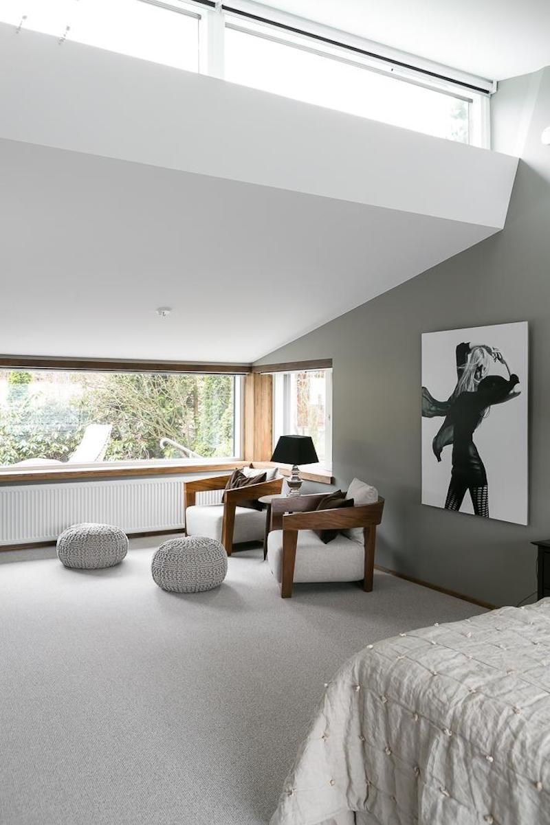 sisustus-puu-valkoinen-makuuhuone-tyyli