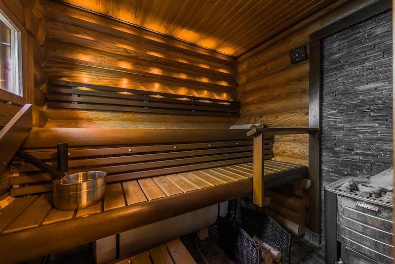 sisustus-harmaa-valkoinen-sauna