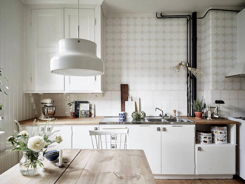 puu-valkoinen-sisustus-keittio-tyyli