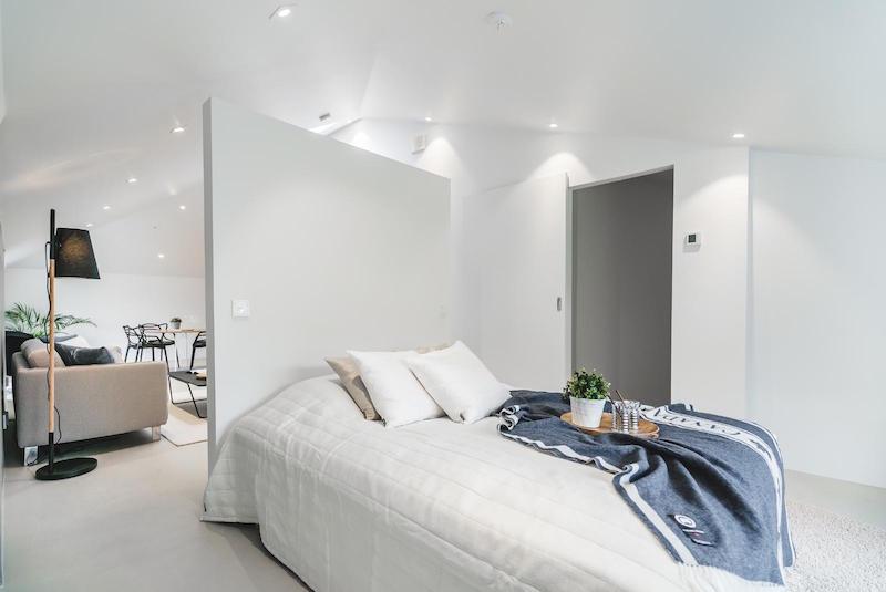 ullakkohuoneisto-design-makuuhuone
