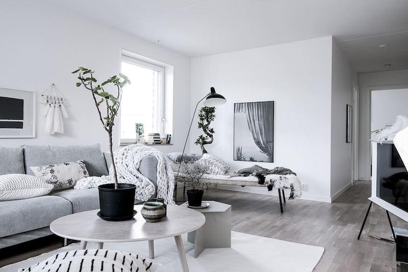 skandinaavinen-sisustus-koti-olohuone-sohva