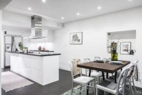 koti-persoonallinen-sisustus-keittio-ruokailutilta