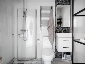 Yksiön kylpyhuone