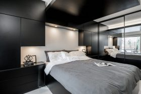 kaksio-makuuhuone-kaapit