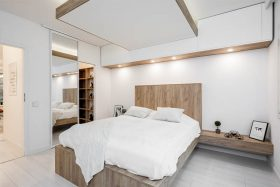 makuuhuone-puupinnat-sisustus