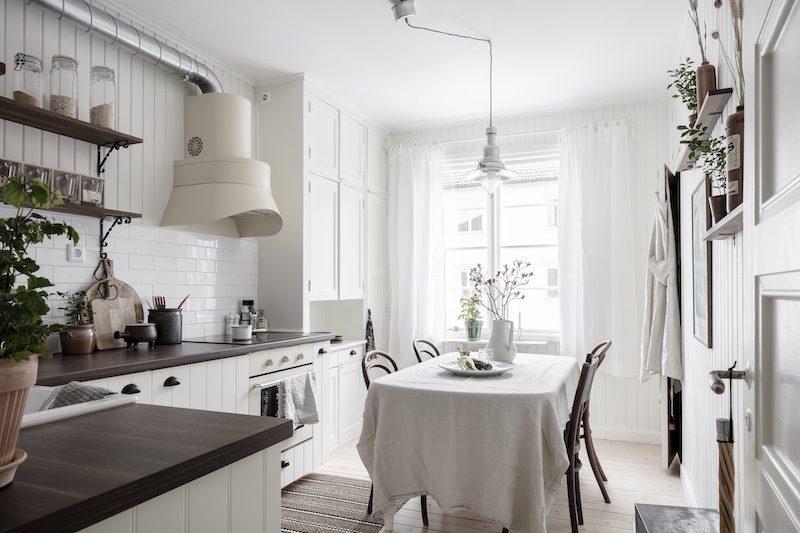 Kodikas keittiö