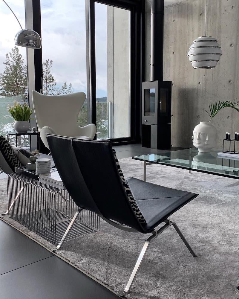 Moderni mustavalkoinen koti