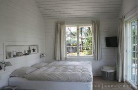 villa-s-makuuhuone-valkoinen