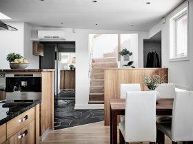 kattohuoneisto-sisustus-keittiojaruokailutila