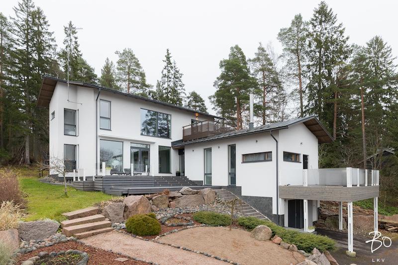 Tyylikäs moderni koti